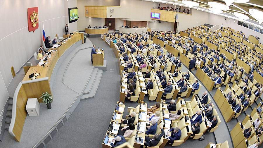 50 млрд рублей на закон о пересчете пенсий в России