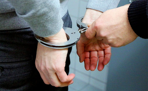 Ввели уголовное наказание за увольнение перед пенсией