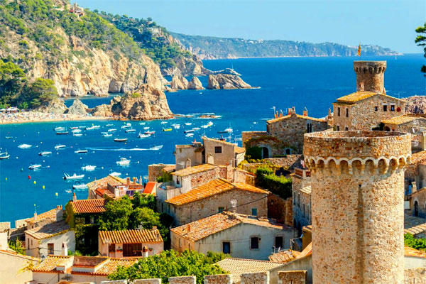 Пенсионеры в Испании: получение ВНЖ, стоимость жизни