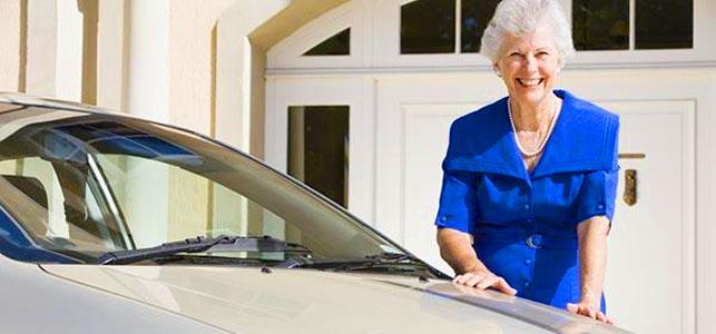 Должен ли пенсионер платить налог на машину?