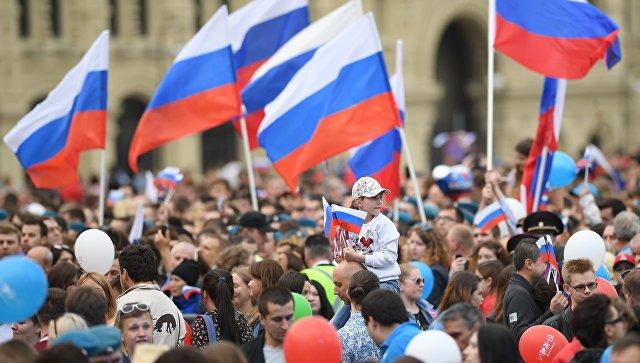 Отставки действующего правительства хотят более 50% россиян