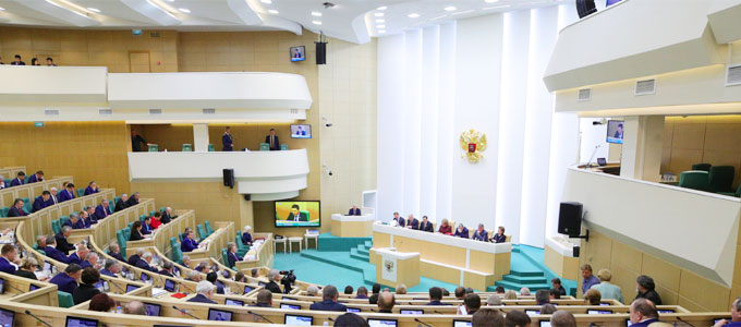 Совет Федерации ставит под сомнение увеличение МРОТ в два раза