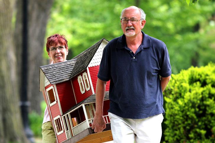Пенсионер продал квартиру: налог платить?